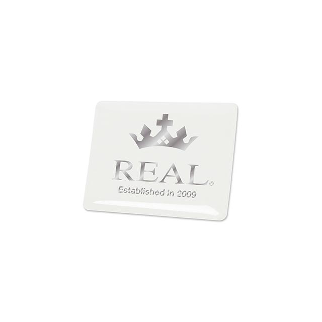 REAL エンブレム タテ型 ホワイト